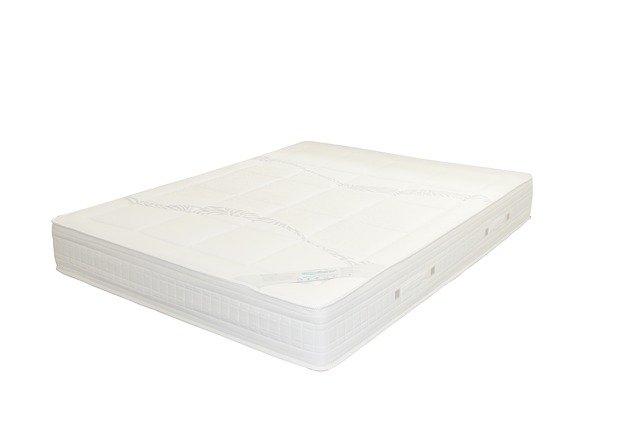 Biely matrac.jpg