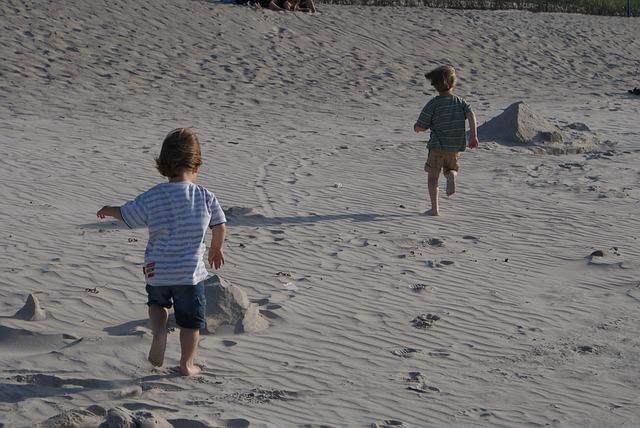 Deti na pláži